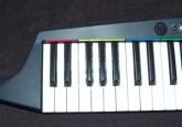 Rock Band 3 won't be out until Tuesday, but for would-be Emersons, Joels or Manzareks, here's an up-close look at the new keyboard controller. As you can see, the new […]